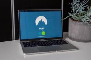 Billig streaming med VPN - Få billigere Amerikansk Netflix med VPN